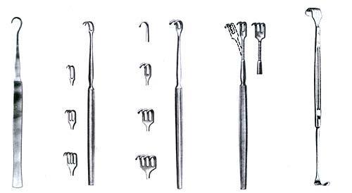 Hooks & Retractors