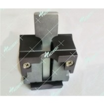 Microtome clamp for wax block